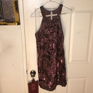 Dresses & Skirts - Sequined mini party dress